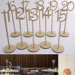 Hot Rustic Hessian Hochzeit Tischdekoration Holz Hochzeit Tischnummer Halter Party Tisch Nummer Tag stehen