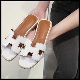 $enCountryForm.capitalKeyWord Canada - Slippers female fashion in the summer of leisure wear shoes with flat sole diamond cool outside one word beach slippers