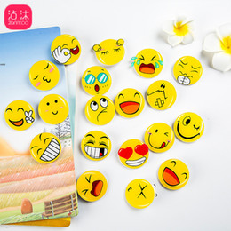 304dd35ab469 50Pcs Cute Cartoon Emoji Smiles Mini Brooch Badge Decoration Icon Backpack  Clothes Brooches Pins Kids Party Gift