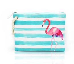 3pcs 2018 donne tela anguria frutta patten flap strisce borse da spiaggia 5 colori signore cerniera cosmetici borse in Offerta