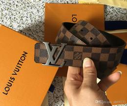 Ingrosso (con scatola) New Fashion Mens Business Cinture di lusso Ceinture Smooth Buckle Cinture in vera pelle per uomo Cintura in vita Spedizione gratuita