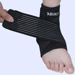 52faaa8d3a567 Apoyos de tobillo para adultos Soporte de tobillo negro Brace Pad para  fútbol escalada Deportes 1pcs Nuevo 2018