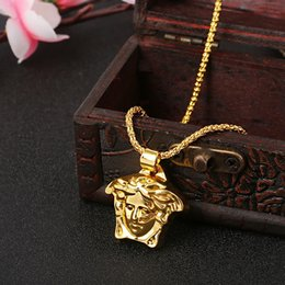 Gold plated anGel chain online shopping - Medusa Gold Plated Necklace Pendant Necklace Gold Plated Alloy Pendants Fashion Jewelry Hip Hop Pendant Necklaces