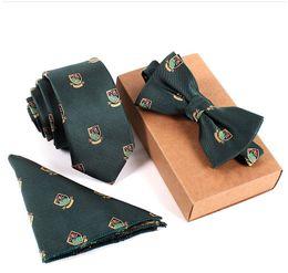 2019 nuevo estilo para hombre del diseñador flaco del lazo empate paisley bolsillo cuadrado pañuelo mariposa pajaritas corbata 3 unids / set