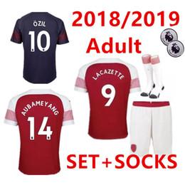 af6c6c5b2 Kits + Socks 2018 2019 new Gunners armory OZIL soccer jersey 18 19 kit  ALEXIS WILSHERE GIROUD CHAMBERS XHAKA home football shirt