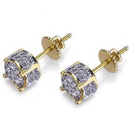 34b28c50a660 Micro-incrustaciones de circón pendientes redondos geométricos chapado en  cobre pendientes de oro para hombres mujeres Hip-hop Ear Stud accesorios de  ...
