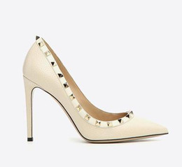 China tailor made* high quality!u569 34 40 genuine leather pointy rivets heels sandals v pumps luxury designer 8 10 cm fashion shoes 532 suppliers
