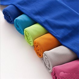 Dry ice clothing online shopping - Ice Cold Towel Cooling Summer Sports Clothes For Exercise Cool Quick Dry Breathable Practical Towels In Bottle Lightweights hl ZZ