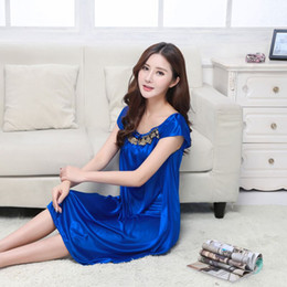 2017 New Sweet Young Women Silk Nightgown Lace Fashion Knee-length Girl Sleepwear  Summer Ladies Sleepshirts XXL 60013ce5b