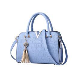 $enCountryForm.capitalKeyWord Canada - Crocodile leather Women Bag V letters Designer Handbags Luxury quality Lady Shoulder Crossbody Messenger Bag