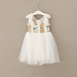 EmbroidErEd linE flowEr girl drEss online shopping - 2018 New Fashion Girls Dresses Kids Embroidered Flower Lace Tulle Dress Cute Easter Children Princess Dresses