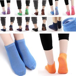 Discount jumping trampolines - Kids Baby Cotton Socks For Sport Trampoline Silicone Antiskid Outdoor Socks Yoga Pilates Socks Jumping Women Silica Gel