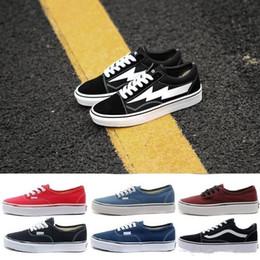 Yeni Revenge x Fırtına Siyah Casual Ayakkabı Kendall Jenner en iyi Ayakkabı Ian Connor Eski Skool Moda Akım Ayakkabı indirimde