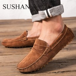 Men Shoes With Fur Winter Warm Casual Shoes Men Cow Suede 2018 Fashion  Loafers For Driving Male Flats Sneakers Short Plush 38-47 e7eab9645083