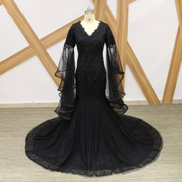 Speaker Sexy NZ - Vintage Black Evening Dresses Long Sleeve Prom Dresses 2018 Lace Tulle Mermaid Arabic Evening Dresses With Speaker Sleeves Cheap Party Gowns