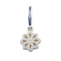$enCountryForm.capitalKeyWord NZ - New Light Yellow Gold Color Lace Flower Charm Pendant Authentic 925 Sterling Silver Dangle Pave Crystal Flower Charm Beads For DIY Bracelets