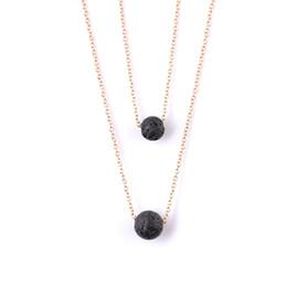 91bd29acd7ea Collar de Piedras de Lava Negra Múltiples capas de Roca de Lava Collar de  Difusor de Aceite Esencial Colgantes Gargantillas Joyería de Moda de Mujer  NAVAJA ...