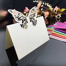 Chinese  Laser Cut Place Cards With Butterfly Paper Carving Seating Cards Party Table Decorations Name Cards for Weddings PC56 manufacturers