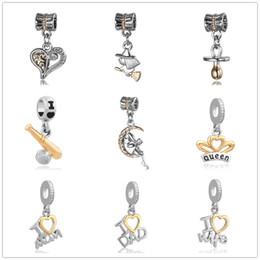 Frete grátis nova moda criativa DadMom anjo pingente encantos fit pandora encantos mulheres homens diy pulseira jóias ZY001 em Promoção