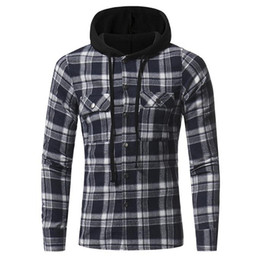 China 2018 new European and American flannel plaid double pocket hooded casual men's plaid long-sleeved shirt suppliers