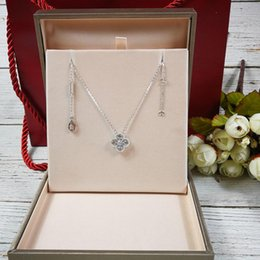 Luxurious style S925 Sterling Silver brand name pendant necklace with middle and mini size flower and diamonds for women wedding jewelry b from hand help manufacturers