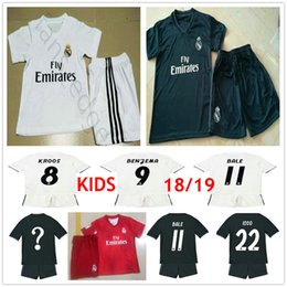 1ca72e323 Kids Real Madrid Soccer Jersey Kit MODRIC RONALDO BALE ISCO ASENSIO KROOS  VARANE Custom Man Woman Youth Children Boys 18 19 Football Shirt