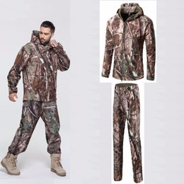 Hunting Camouflage Jacket NZ - Men Outdoor Soft Shell Jacket Pants Hiking Clothes Tactical Windproof Camouflage Windbreaker Bionic Camouflage Hunting Clothes