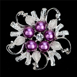 Wholesale Gold Suits Australia - Metal Brooches Gold Plated and Silver Plated Pearl Crystal Rhinestone Flower Brooch Pins Scarves Buckle Wedding Bridal Suit Accessories