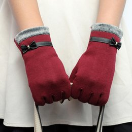 485f8869bce68 1 Pair Fashion Autumn Winter Gloves for Women Suede Warm Comfortable  Mittens with Bow Plus Velvet Thick Ladies Gloves 8C1181