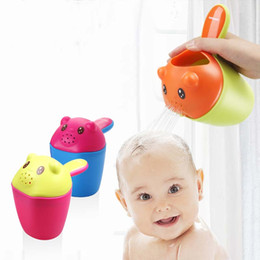 Baby Wash Hair Australia - New Suit Head Shape Baby Bath Cups Baby Shampoo Cup Children Bathing Bailer Shower Spoons Child Washing Hair Cup Kids
