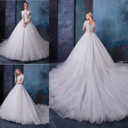 Off white dress red lining online shopping - A Lline Off The Shoulder Wedding Dresses Bridal Gowns Elegant With Lace Applique With Lace Up Long Train Vintage Custom Made