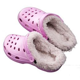 Chinese  2017 Winter New Women's Garden Clogs Fur Inside Warm Ladies Slippers 4 Colors Indoor Hommer Shoes For Women 37-41 manufacturers