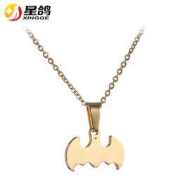 handmade personalized silver jewelry Canada - Personalized Small Bat Choker Necklace Handmade stainless steel Batman Pendant Necklaces for Women men Cute Animal Fashion Jewelry