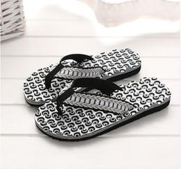 Massage Sandal Flip Flop Canada - Summer Comfortable Massage Flip Flops Shoes Sandals Foot Massage Slipper indoor & outdoor Flip-flops Casual Beach Shoes 40-44