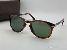 cab7ec187a Gafas de sol Persol serie 714 diseñador italiano pliot estilo clásico gafas  forma única de calidad superior UV400 protección se puede plegar estilo