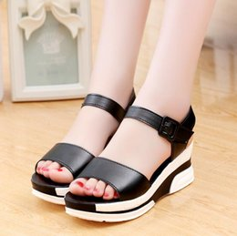 $enCountryForm.capitalKeyWord NZ - New Summer Casual Women Sandals Wedge Sandals Ladies Open Toe Round Toe Black White Platform Sandals Shoes EUR Size:35-40