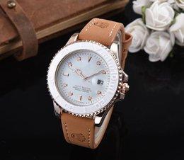 Vente en gros 2018 en Europe et aux États-Unis nouvelle montre WISH vente chaude shell montre à quartz montre de marque haut de gamme livraison gratuite