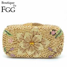 $enCountryForm.capitalKeyWord NZ - Boutique De FGG Women Flower Gold Crystal Evening Handbags Wedding Party Ladies Box Clutch Shoulder Bag Bolsa Feminina Pequena Y18103004