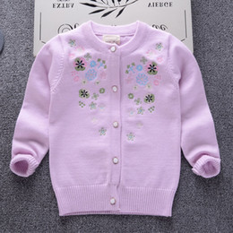 2019 Printemps Automne Hiver Nouvelle perle filles princesse Pulls Enfant chaud en coton Manteau Enfants Vêtements Bébé cardigan tricoté mignon broderie en Solde