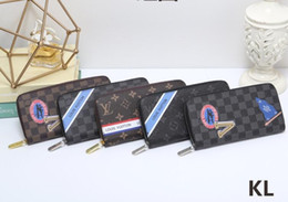 Pvc Long Zipper NZ - 18ss luxury new badge black square v long zipper wallet men wallet clutch bagfree shipping