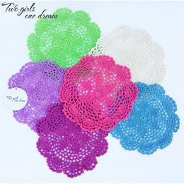 $enCountryForm.capitalKeyWord UK - Free shipping 24pcs lot 20cm Round Cotton Crochet Lace Doilies Fabric Felt As Innovative Item For Dinning Table Pad Coasters Mat