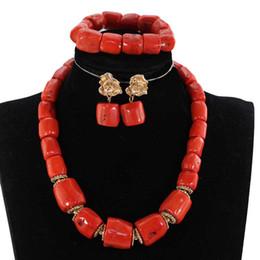 fa9bafe75e9d Sola fila Original Real Coral Bead collar colgante conjunto nigeriano Coral  nupcial Conjuntos de joyería para mujeres CNR021