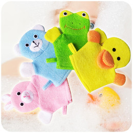 Discount child bath glove Cute Duck Shower Brushes New Cartoon Animal Shape Bath Gloves Baby Children Wash Bathing Towel Many Styles 3 2qq C