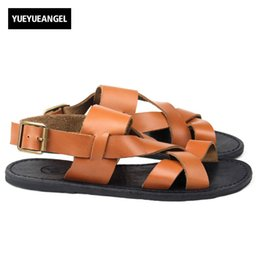 $enCountryForm.capitalKeyWord Canada - High Quality Mens Summer Beach Sandals British Casual Fisherman Outside Flats Gladiator Real Leather Cross Straps Slippers Shoes