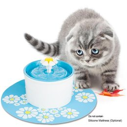 water fountains indoor plastic Australia - Mini Automatic circulation electric Silicone fountain water feeder dog cat drinking machine 3 Colors EU US UK plug