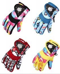 Green Gloves kids online shopping - Winter Outdoor Children s Gloves Men s and Women s Waterproof Thicken Warm and Cold proof Riding Outdoor Skating Skiing Kids Gloves H906R