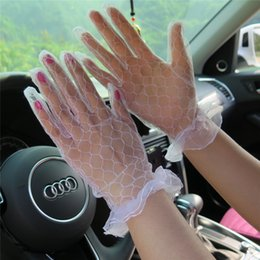 $enCountryForm.capitalKeyWord Australia - 2018 Cheap Full Finger Bridal Gloves Tulle Short Wrist Length Wedding Gloves Bridal Gloves