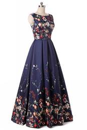 special gowns UK - Real Pictures Vintage Women Round Neck Sleeveless A-Line Satin Floral Evening Dresses Long Vestido De Festa Black Prom Gowns Formal Dresses