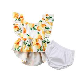 217ab2f31baf3 Recién nacido 2 UNIDS Kids Baby Girls Lemon Ruffle Tops + Shorts Pant  Outfits Tamaño de la ropa 0-4T