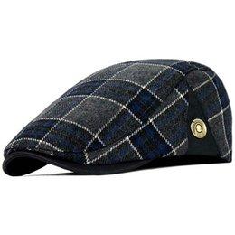 3e58da73019a9 Alta Calidad Retro Boinas Adultas Hombres de Lana Plaid Cabbie Flatcap  Sombreros para Mujeres Tapas de